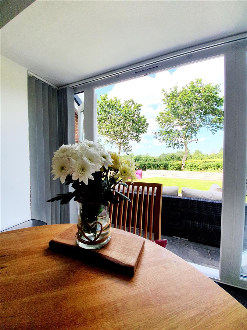 Valley View, Loughor, Swansea, SA4 6PT